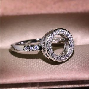 Jewelry - VENUS ♡ Cubic Zirconia Ring